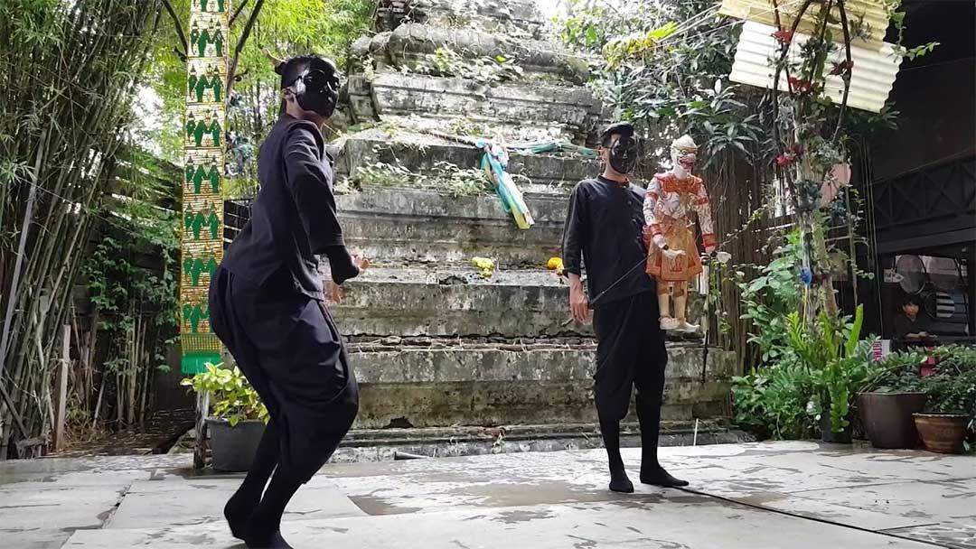 Spectacle de marionnettes a Baan Silapin Bangkok